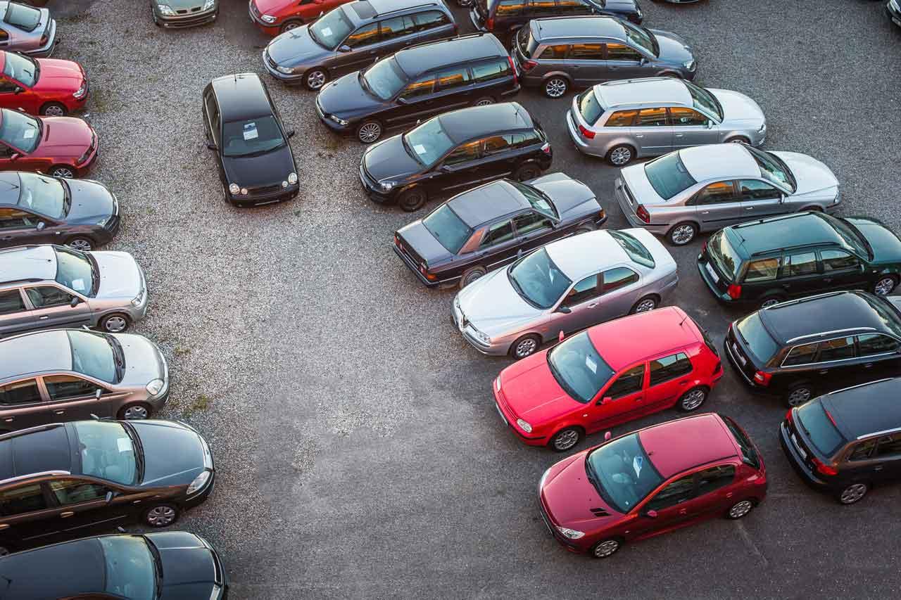 国産車と輸入車の修理代金の違いについて解説